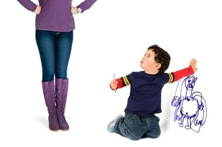 enfant betise mur communication