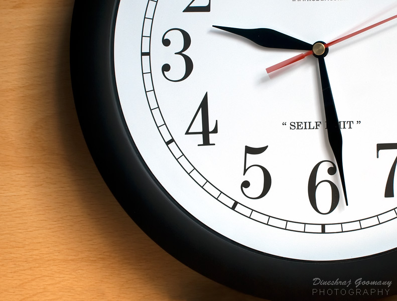 Le jour ou j'ai décidé d'arreter de crier - Dineshraj Goomany Clock