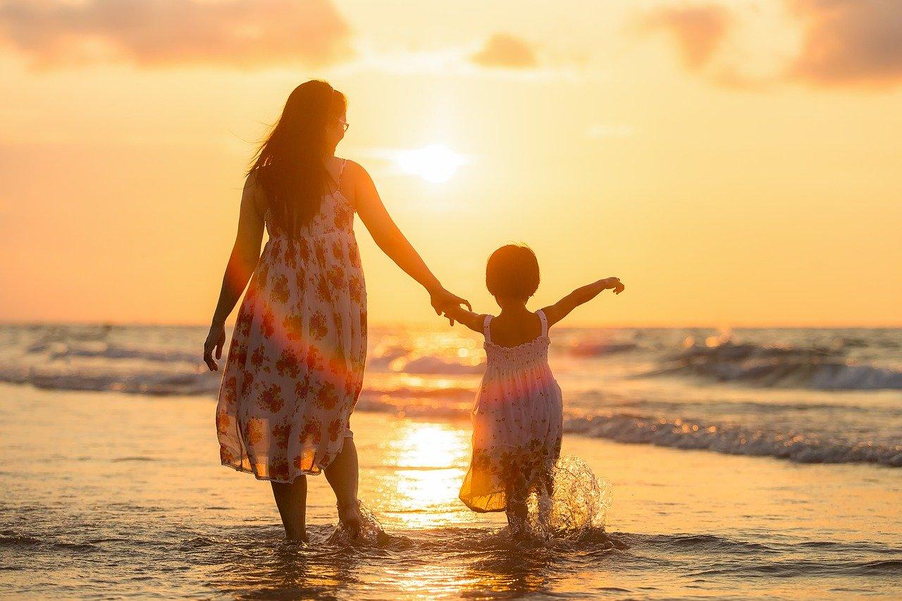 Apprendre à son enfant à se libérer du regard des autres